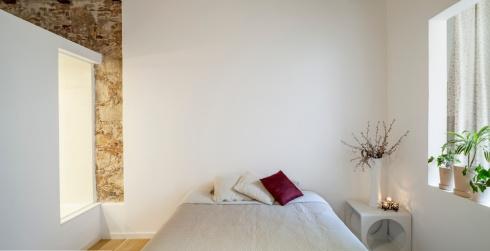 Rénovation Les Corts, Barcelone. Sergi Pons Architects. Photo: Adrià Goula